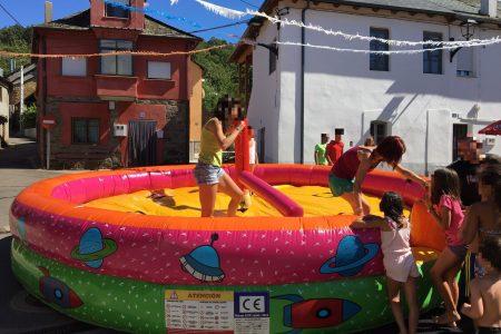 HINCHABLES AQUIAVENTURA BIERZO (1)